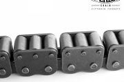 Chain with 3 carrier rollers on top